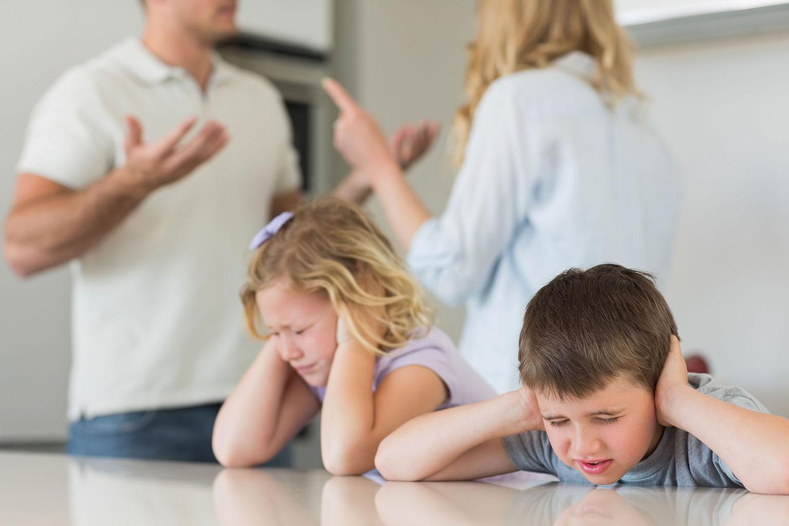 La agresividad en la familia: niños de hoy, padres del mañana